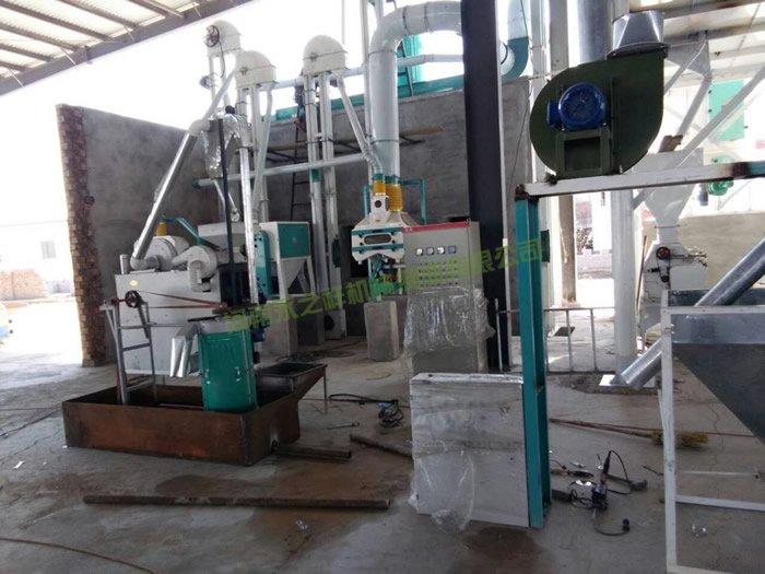 内蒙包头60吨面粉设备正在安装